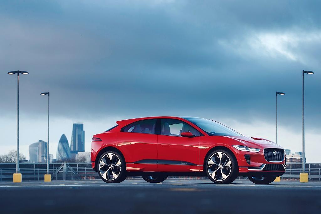 Der Jaguar I-PACE soll i zweiten Halbjahr 2018 auf den Markt kommen