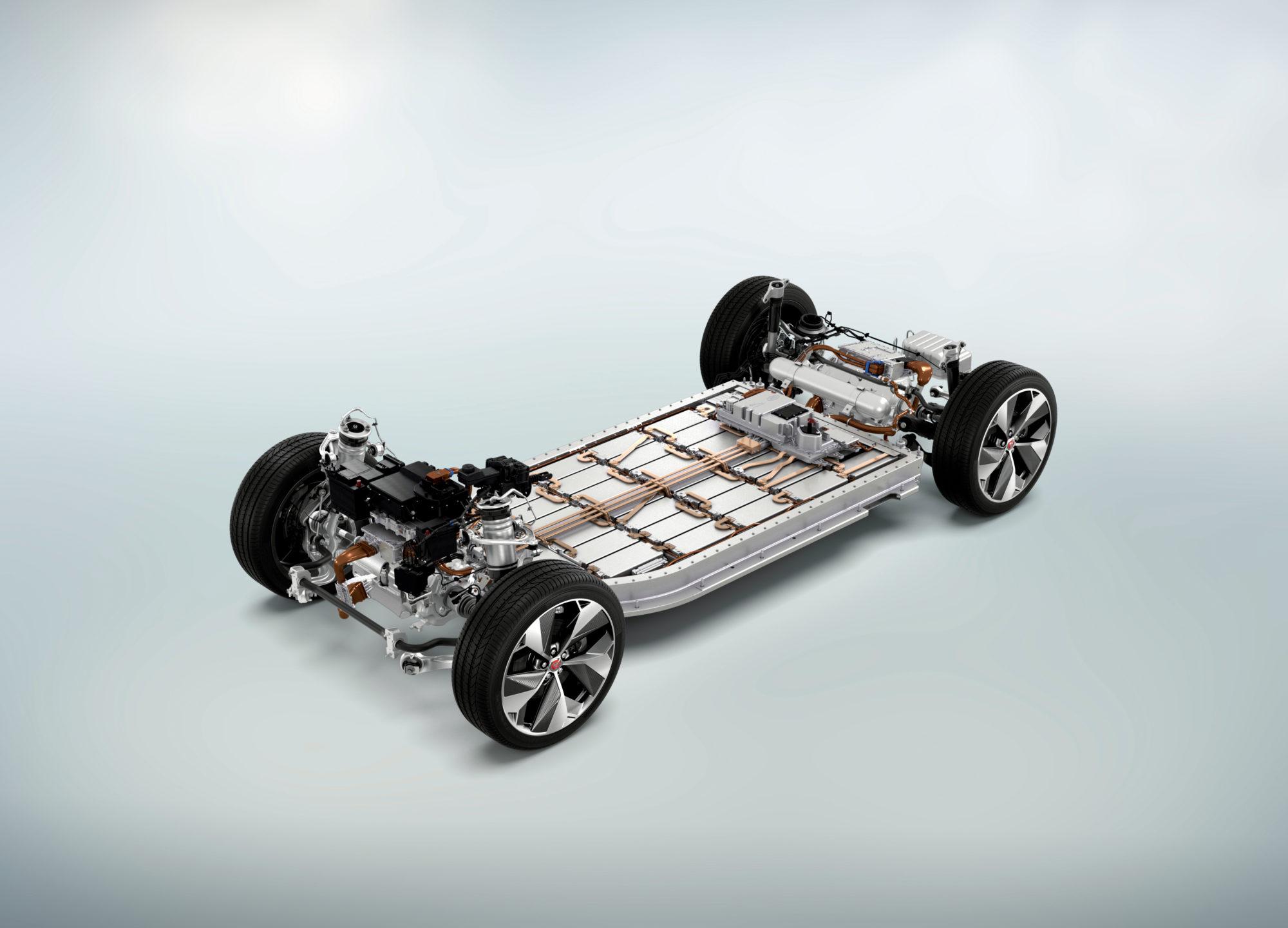 Der Ritt auf der Batterie: 90 kWh reichen dem I-PACE für bis zu 480 km