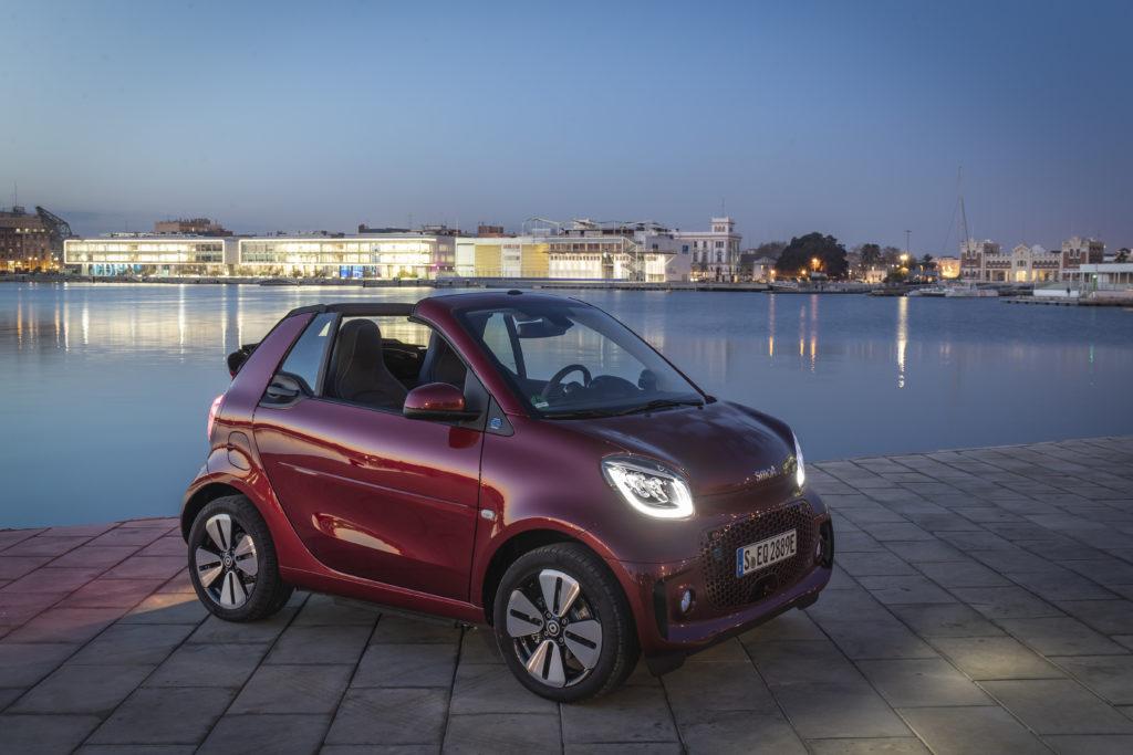Das smart EQ fortwo cabrio ist das ultimative Stadtauto