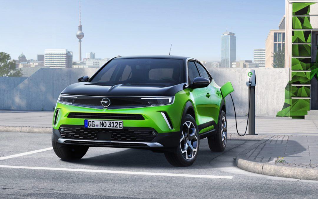 Ungetarnt und offiziell: Opel Mokka-e