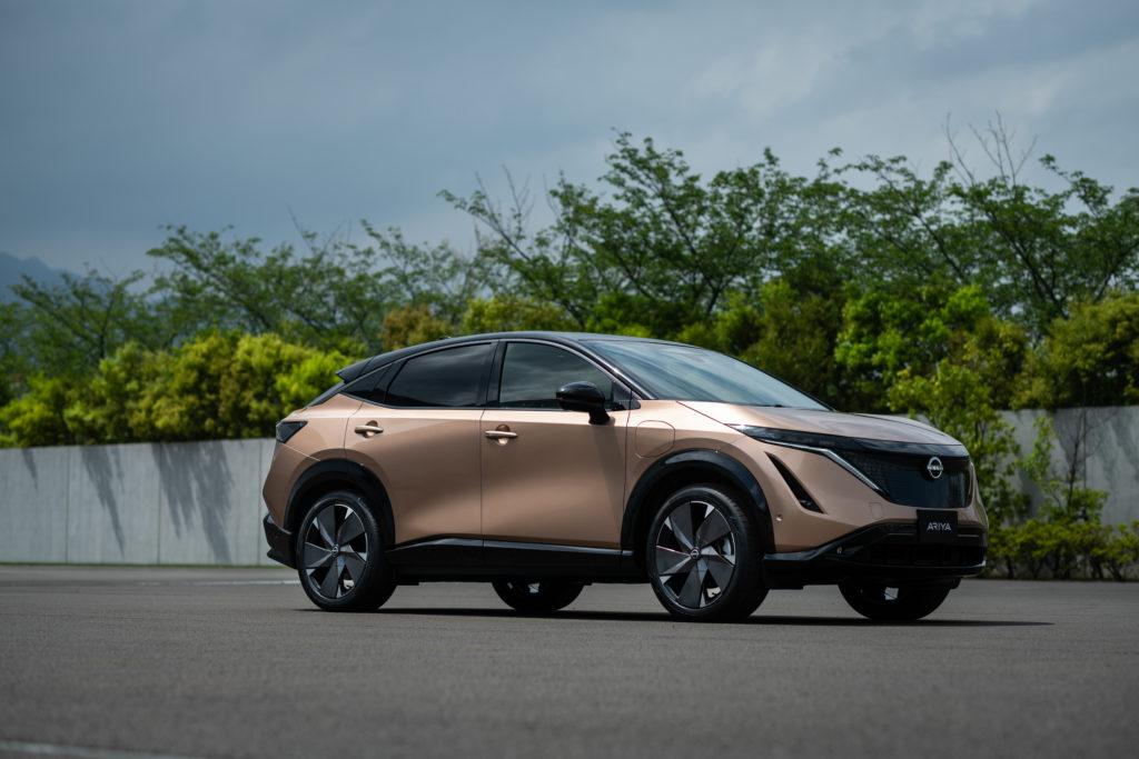 Der Nissan Ariya vereint Crossover und Coupé-Elemente - zeitgemäß und schön anzuschauen