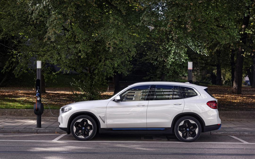 BMW iX3 – das erste vollelektrische SUV der Münchner
